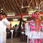 【墨西哥】《Chichén Itzá 一天團》Part 2 – 民族舞 & 自助午餐