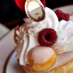 【巴黎】經典甜品 -《Ladurée》內用篇