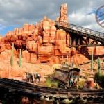 【迪士尼世界】《Magic Kingdom》之六 -《Big Thunder Mountain Railroad》過山車 & 小小買物