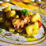 【希臘 聖托里尼】人氣希臘餐廳《Anogi》(外加一段偶遇)