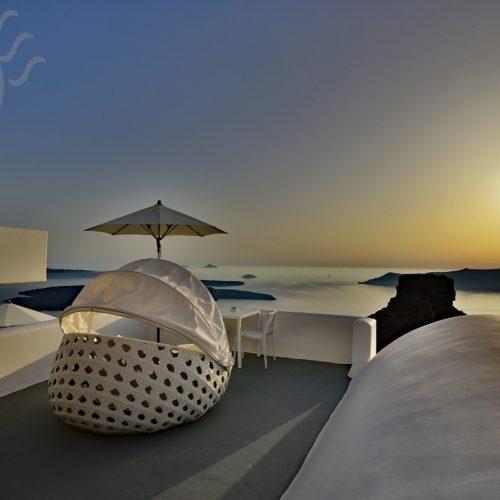 【希臘 聖托里尼】懸崖邊上的《Grace Santorini》- 洞穴屋 Junior Suite