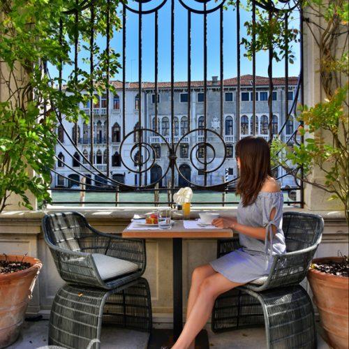 【意大利 威尼斯】 住宿《Aman Venice | Palazzo Papadopoli》- 《Canal Garden》午餐