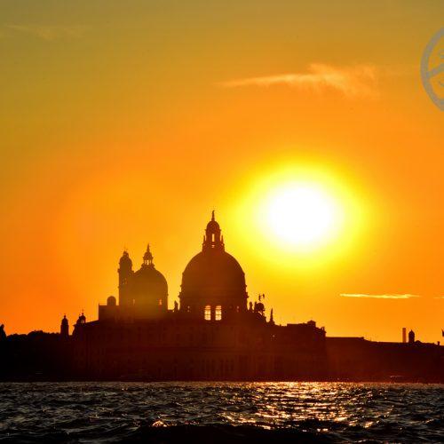 【意大利 威尼斯】 住宿《Aman Venice | Palazzo Papadopoli》- 《Lagoon Aperitivo by Boat》