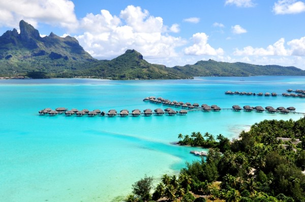 有沒有像 Four Seasons Bora Bora 的廣告