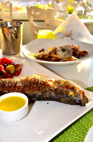 烤一整條魚也非常新鮮嫩滑