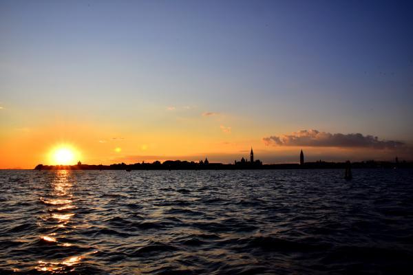 因為天氣好的關係,日落也特別美
